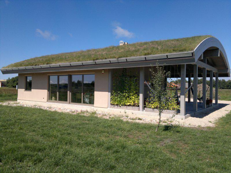 Toit Demi Lune Maison En Paille Maison Ecologique Construction Maison
