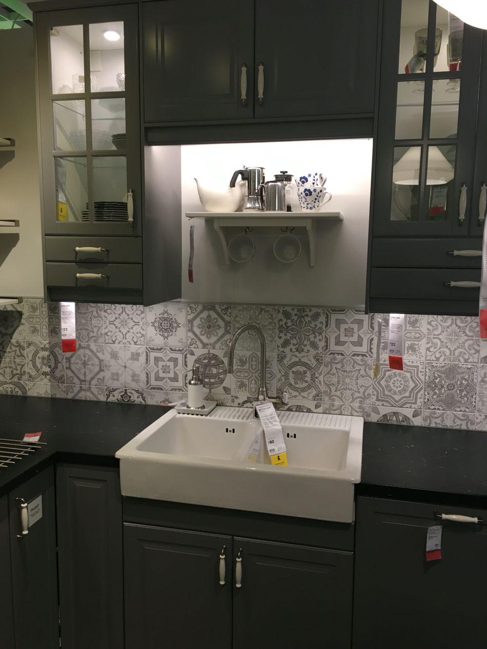 IKEA bodbyn kitchen with nikea style tiles | Cucine nere | Pinterest ...