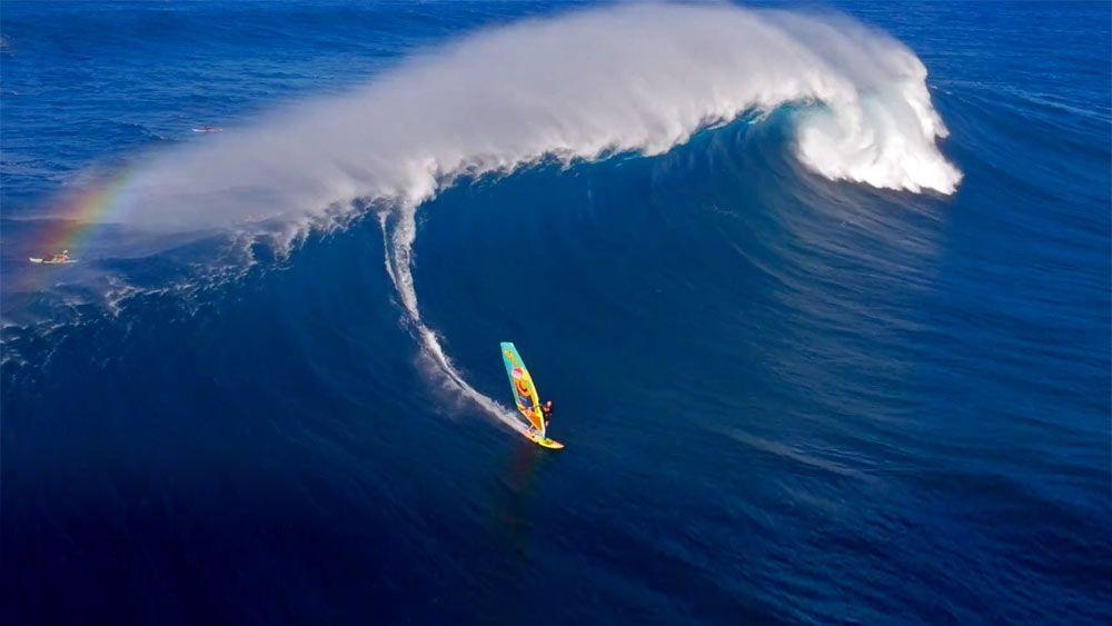 Idan Shemtov from EpiCopter released a windsurfing clip with some amazing perspectivesfrom his drone ft. some ofthe best windsurfers.Windsurfers: Ricardo Campello, Levi Siver, Robbie Swift, Ross Williams, Jake Miller, Kevin Pritchard, Marcilio Browne, Jason Polakow, Morgan Noieraux, Robbie Naish, Jake Schettewi https://vimeo.com/161005357