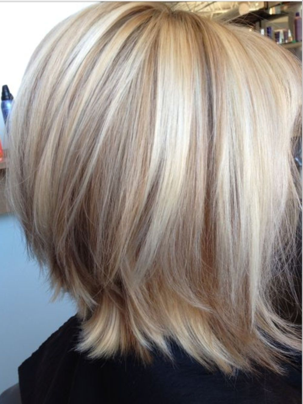 Edgy Bob Ends Flipped Highlights Very Light Blonde Cool Shades