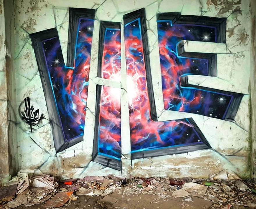 This Graffiti Artist Makes Walls Appear Transparent Using Nothing But Spray Paint Graffiti Wall Art Street Art Graffiti Artist