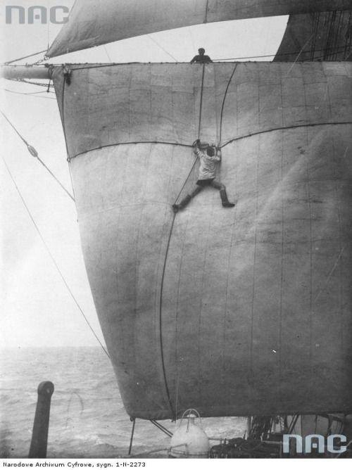 Rigging fixing  Gdynia, Poland, 1931 via reddit | Seo