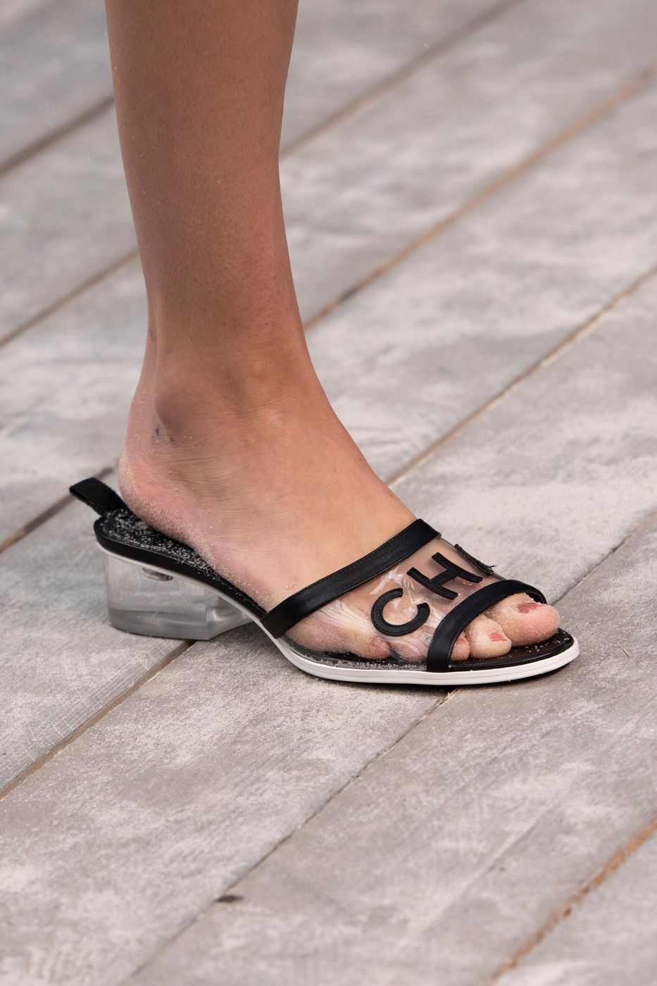 e5a7ce74ca Chanel at Paris Fashion Week Spring 2019 in 2019 | Shoes with great ...