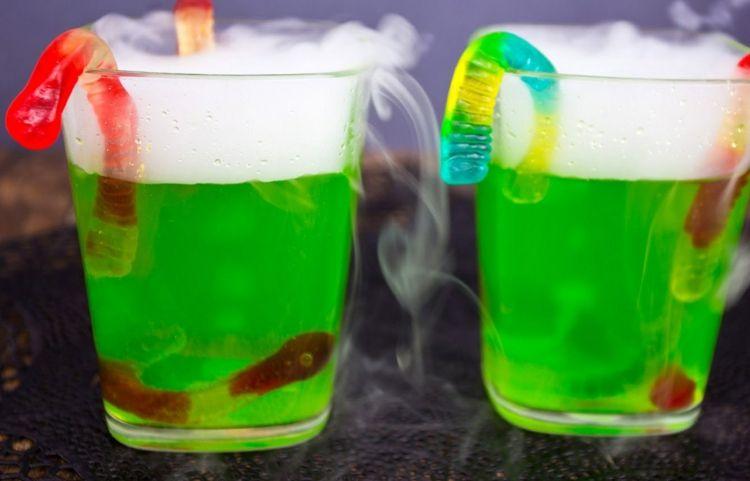 Halloween Getränke mit Nebel zubereiten | Kindergerichte / Rezepte ...