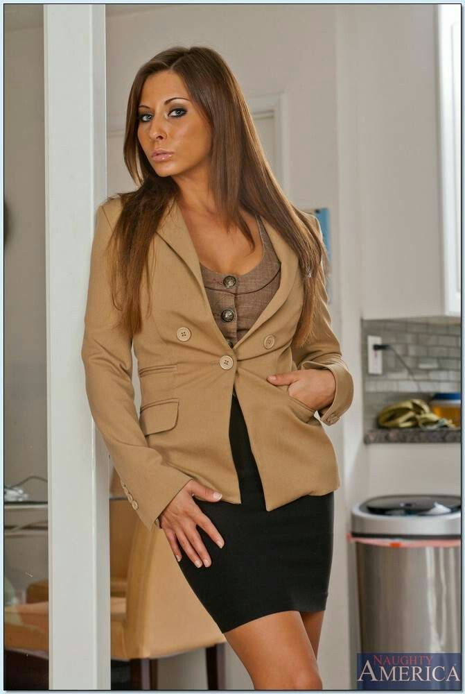 Pin By E J On Madison Ivy