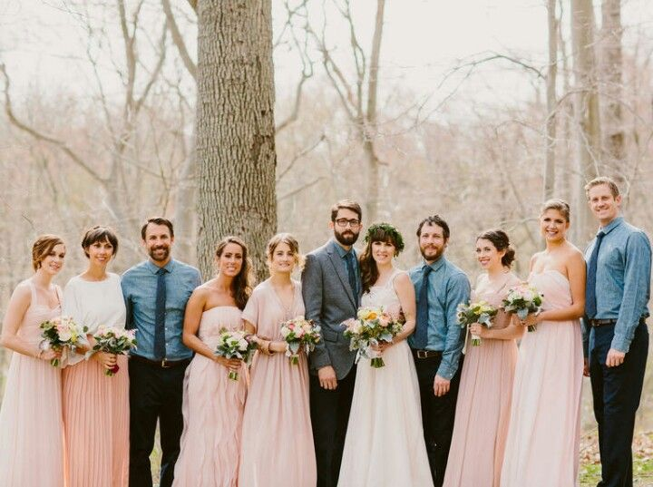 Uneven Bridal Party Wedding Photography Styles Bridesmaids And Groomsmen Wedding Party Outfits