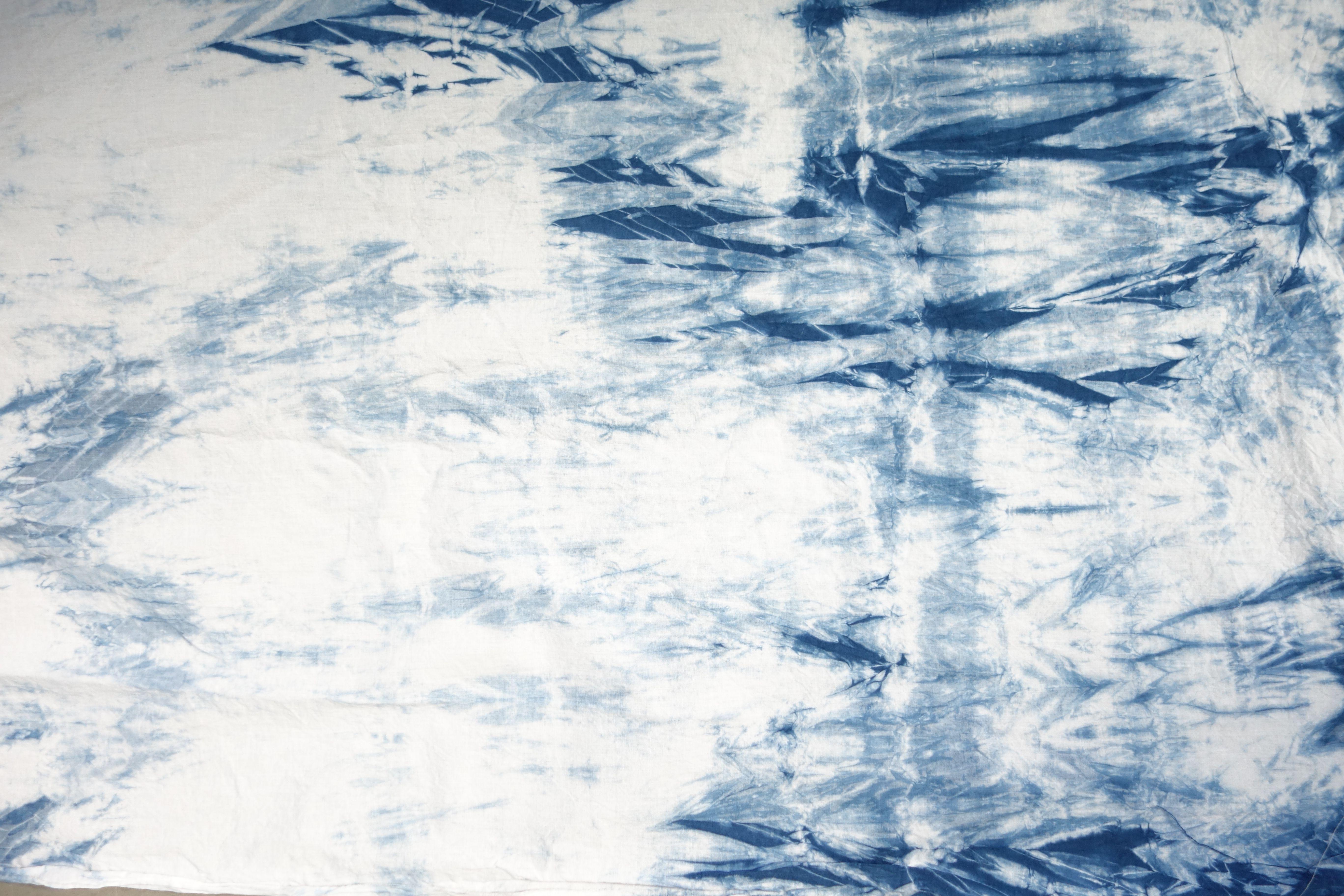 Arashi Shibori dye, 2016. #indigo #shibori Christina Lukac