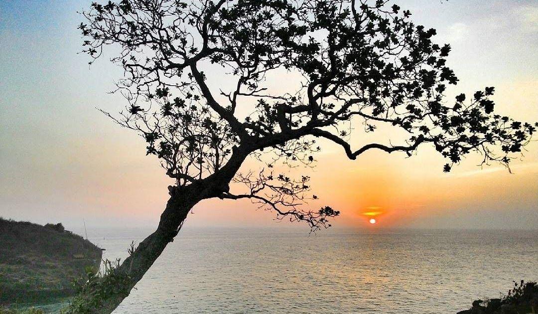 23 Pemandangan Laut Pantai Kuta Pantai Tebing Yang Elok Dengan Pemandangan Yang Indah Download Pantai Kuta Bali Semua Hal Yang P Di 2020 Pemandangan Pantai Lautan