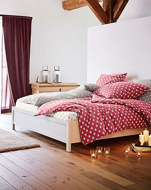 Jo Meleg Teli Agynemuk Haloszoba Butorok A Tchibo Nal Furniture Home Decor Home