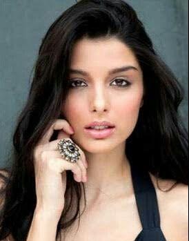 Telugu Cinema News: Giselli Monteiro Bollywood Actress