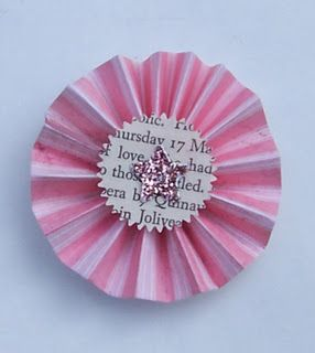 How to: pleated paper rosettes.