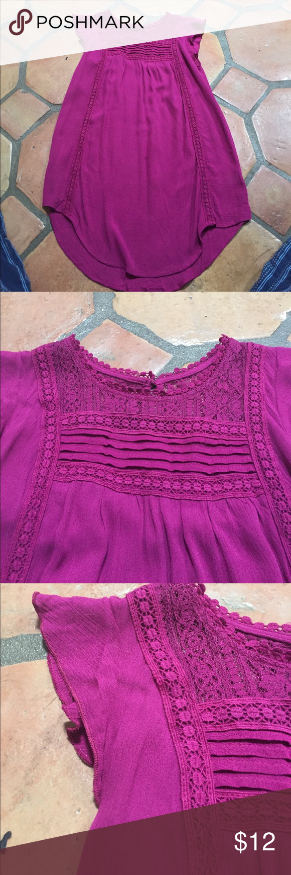 Tunic length sleeveless top Beautiful with dainty details. Worn once. Great color. Xhilaration Tops Blouses