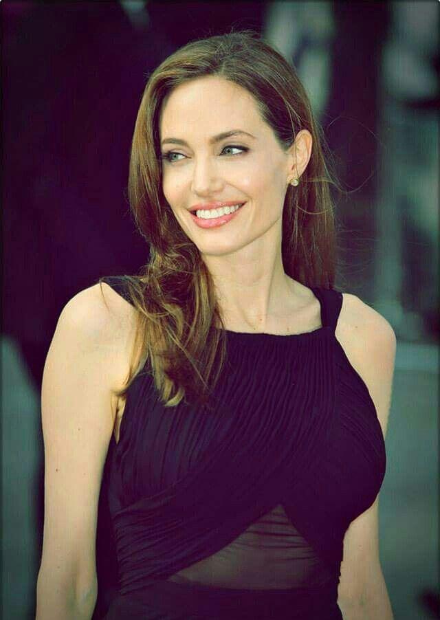 ҜΔTΣॐ PΩLΣ | Angelina jolie style, Fashion, Angelina jolie