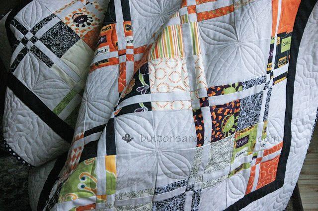 Buttons and Butterflies: Monster Bash {Quilt}   Buttons and ... : quilt buttons - Adamdwight.com