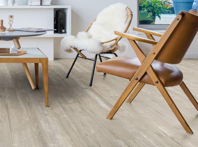 sol en vinyle effet parquet blanchi maison sols atlantique pinterest sol en vinyle. Black Bedroom Furniture Sets. Home Design Ideas