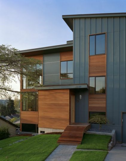 Nice Combination Of Wood With Metal Siding I Love The Combination