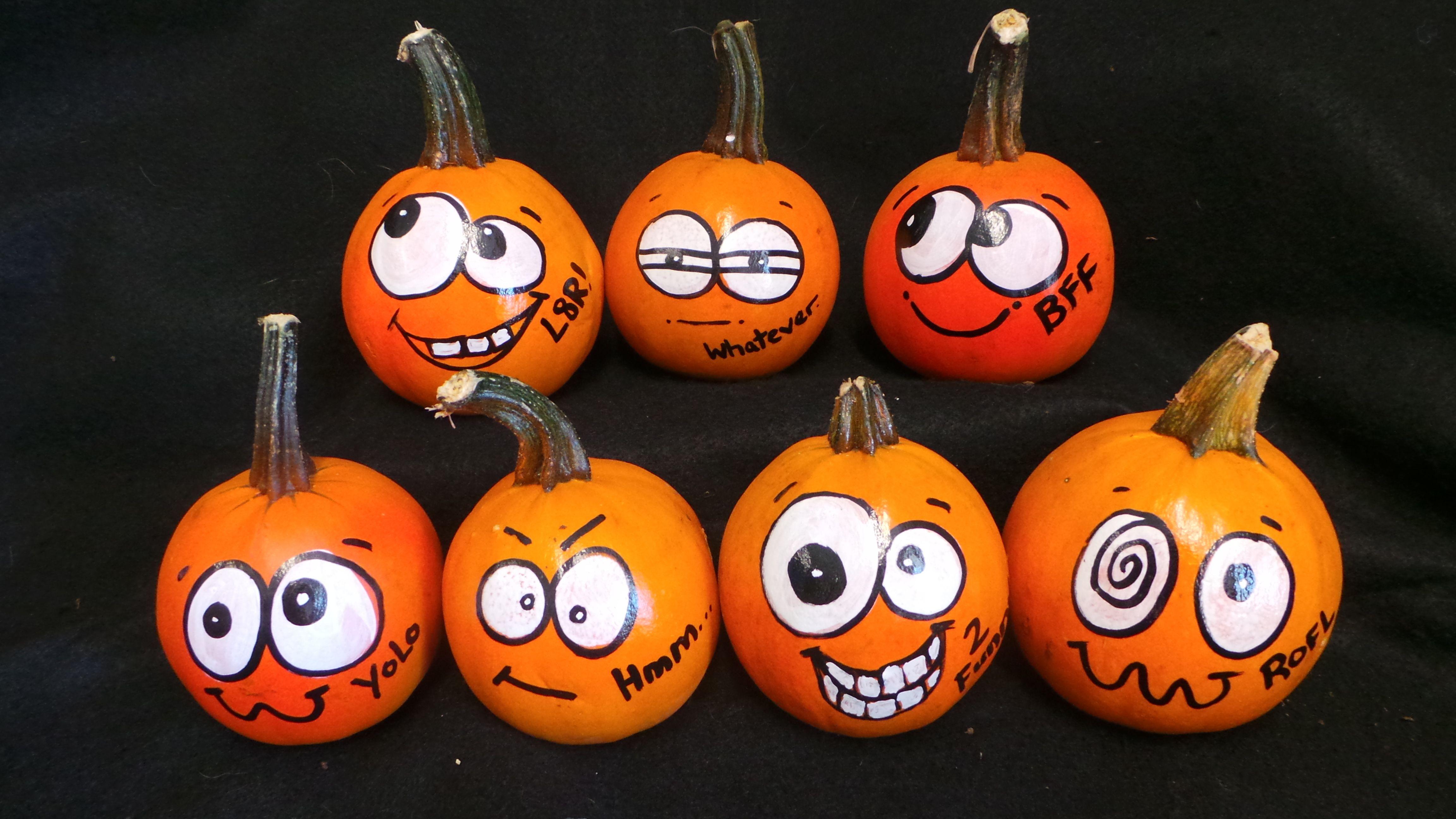 15 Cute Fall Pumpkin Painting Ideas Painted Pumpkins Pumpkin Face Paint Pumpkin Faces
