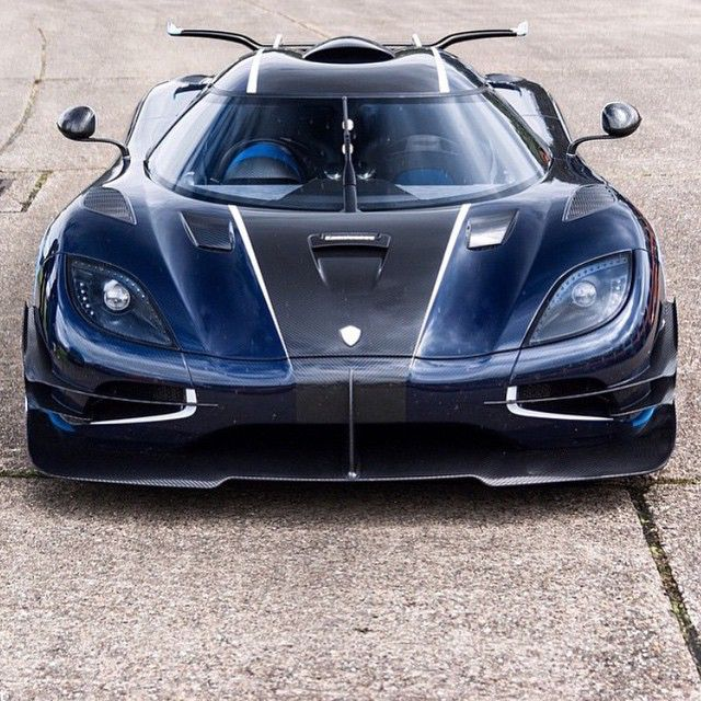 Koenigsegg One1! _ Photo: @kevinvancphotography Use: #bestcarsevermade _ Member of: @teamwolcars _ Crew: @bestcarsevermade | @worldscoolestcars | @dailycarcomparison | @red_line_performance_ | @ferrariphotopage | @leftlaneautomotive _