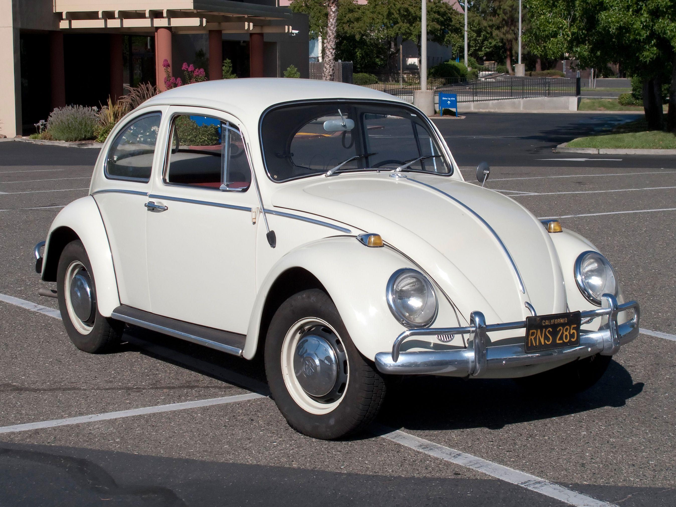 Image from https://upload.wikimedia.org/wikipedia/commons/8/88/VolkswagenBeetle-001.jpg.