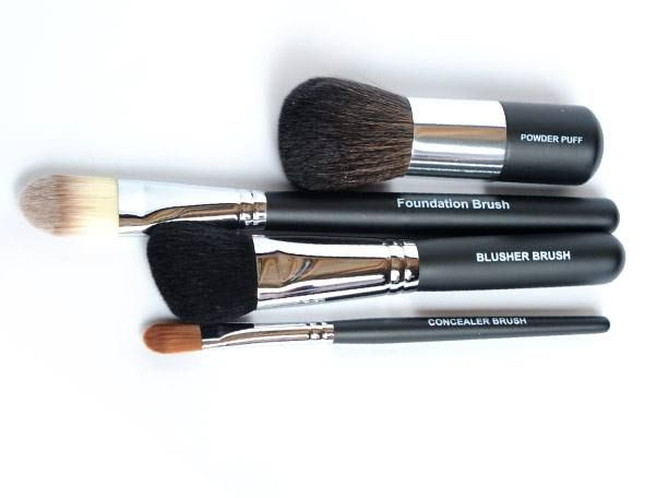 Moodstruck Face Brush Set  These brushes are perfect for applying and blending your mineral-based powders. Buy them individually or buy the set and save!  https://www.youniqueproducts.com/christinesmith/products/view/US-2006-00#.U_xDrGOgwZg
