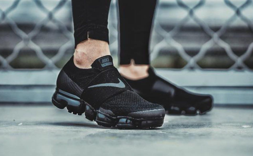 VaporMax Nolace | Nike air vapormax, Nike air, Sneakers