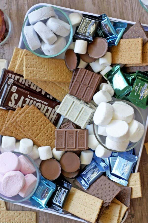 Smores Bar Platter – Easy cleanup with a ton of customization options!