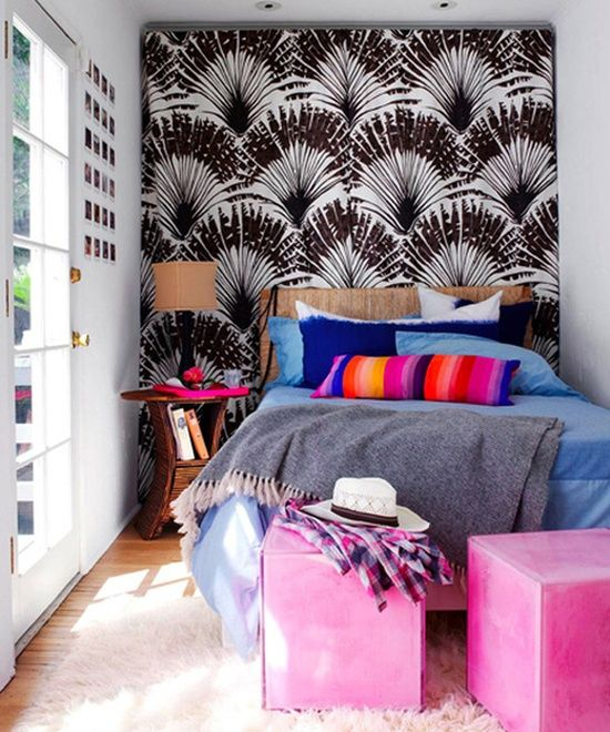 small-bedroom-design-with-colorful-space