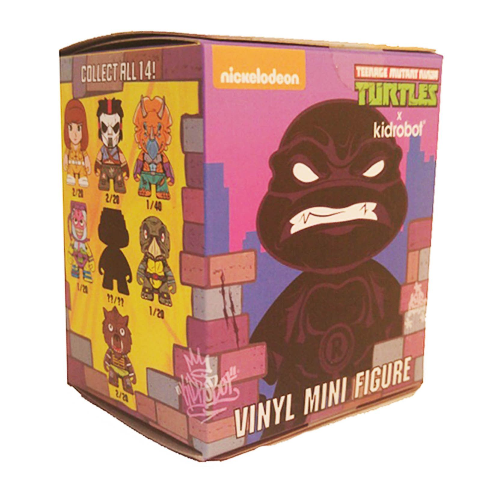 TEENAGE MUTANT NINJA TURTLE SHELL SHOCK TMNT CASE 24 BLIND BOX KEYCHAIN KIDROBOT