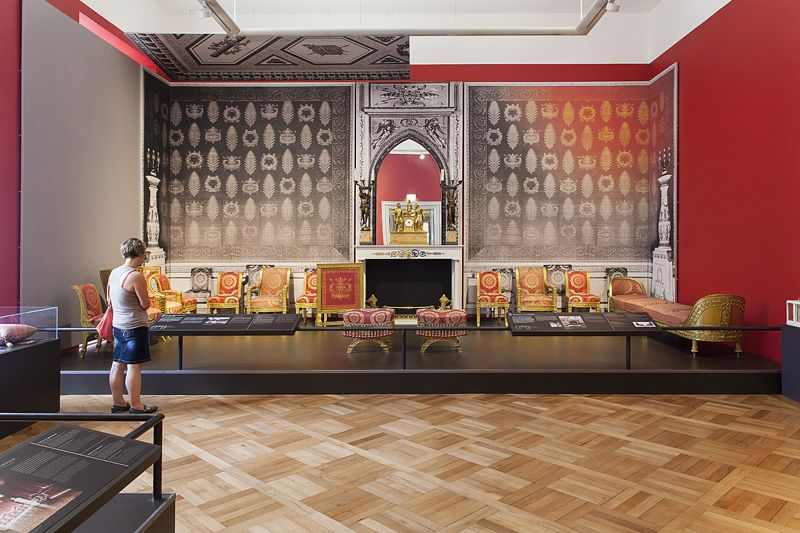 Ausstellung So Wohnte Der Grossherzog In Der Residenz Wurzburg Impuls Design Wohnen Ausstellung Design