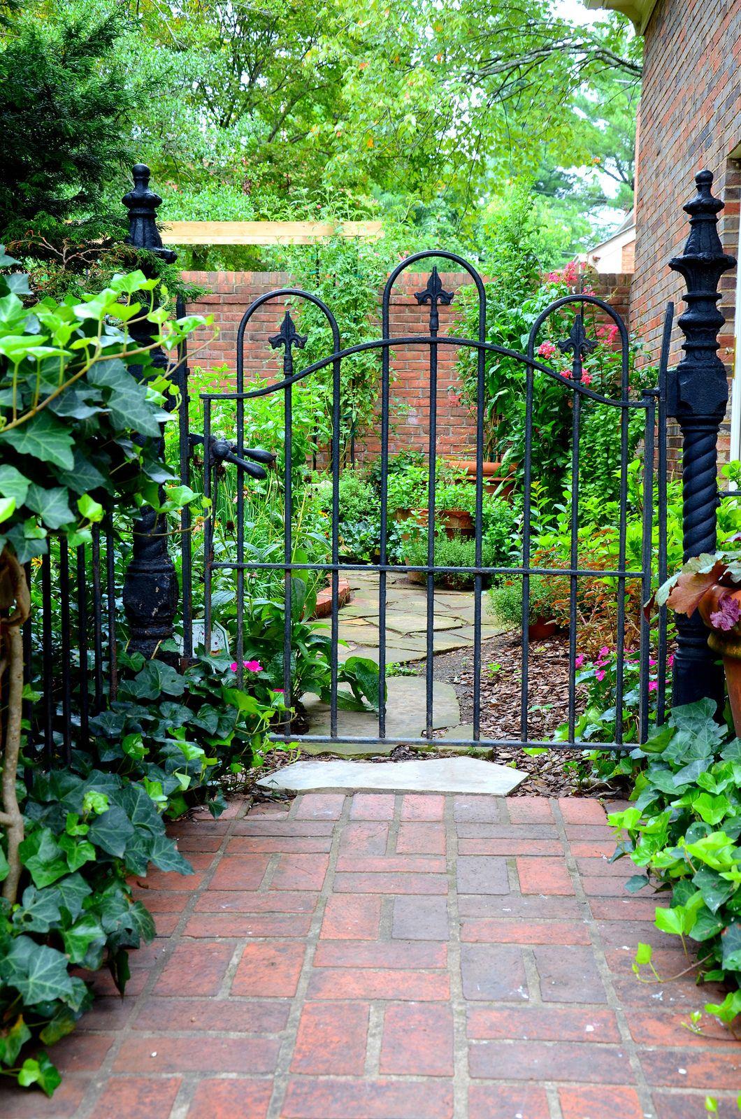 Oak Hill Gc Nashville Tennessee Patio Garden Design Small Outdoor Kitchen Design Garden Design London