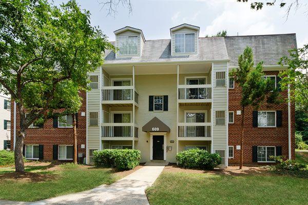 Foxchase Apartments In Alexandria Va 320 N Jordan St Alexandria Va