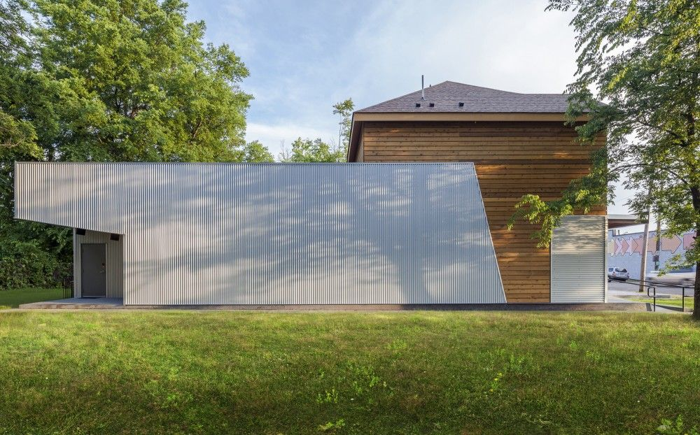 Memphis Slim Collaboratory / brg3s Architects