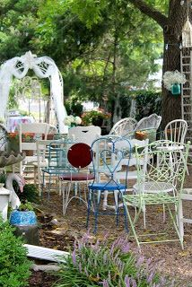 A vintage wedding at The Vintage House - Overland Park, Kansas