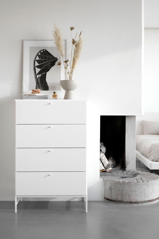Decoration Scandinave 16 Marques Scandinaves A Connaitre Marie Claire En 2020 Mobilier Danois Architecte Interieur Chambre Design