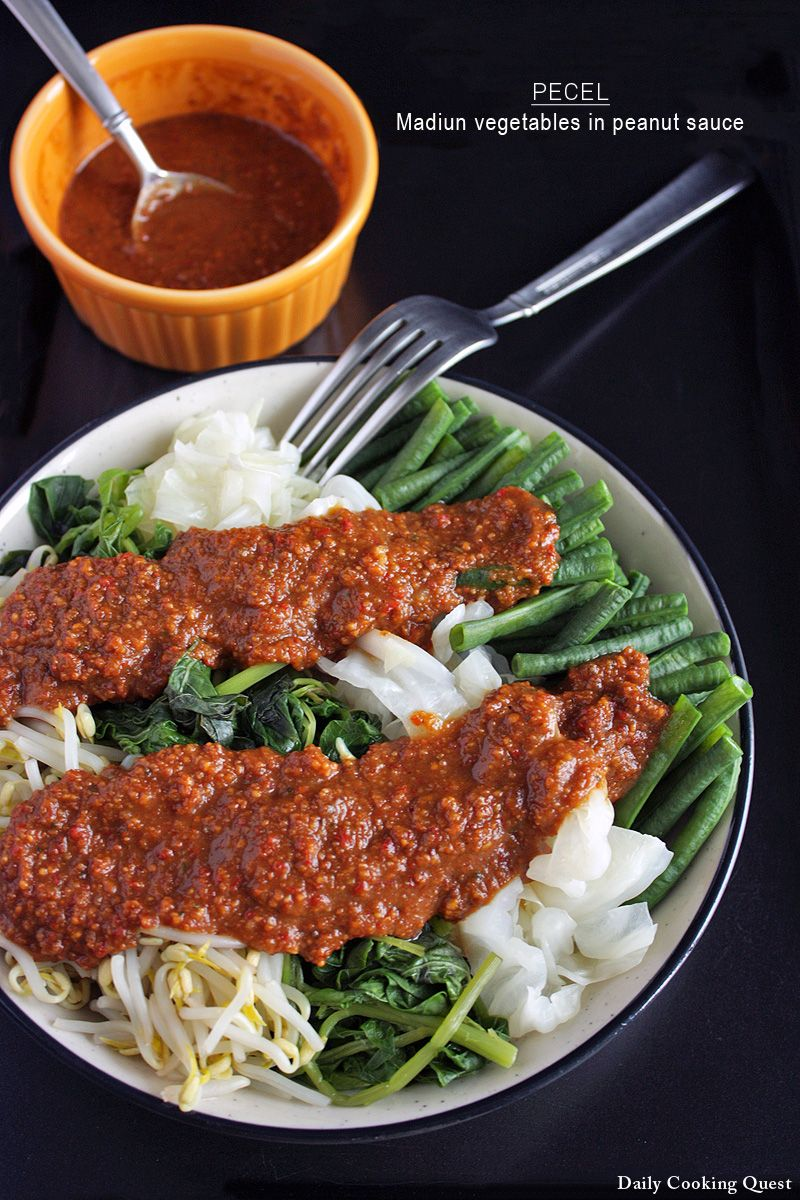 Pecel Madiun Vegetables In Peanut Sauce Recipe Pecel Indonesian Food Food