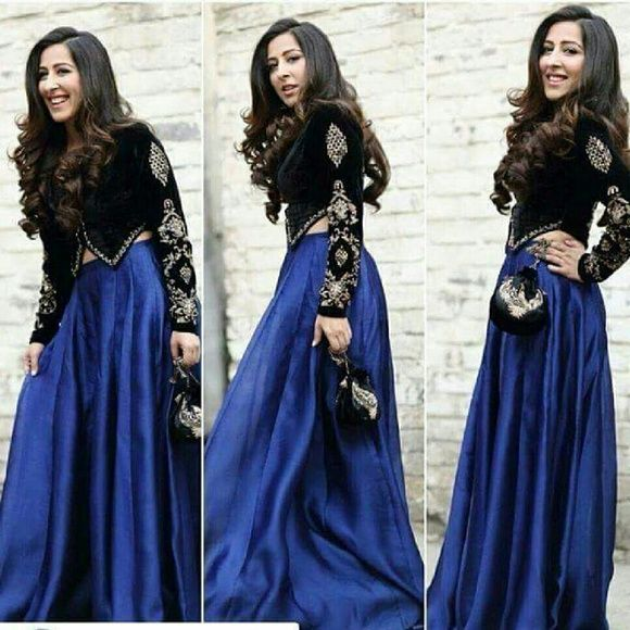 Skirt Velvet blouse with sill skirt and bag . Ur measurements are compulsory will stitched according to your measurements Skirts A-Line or Full