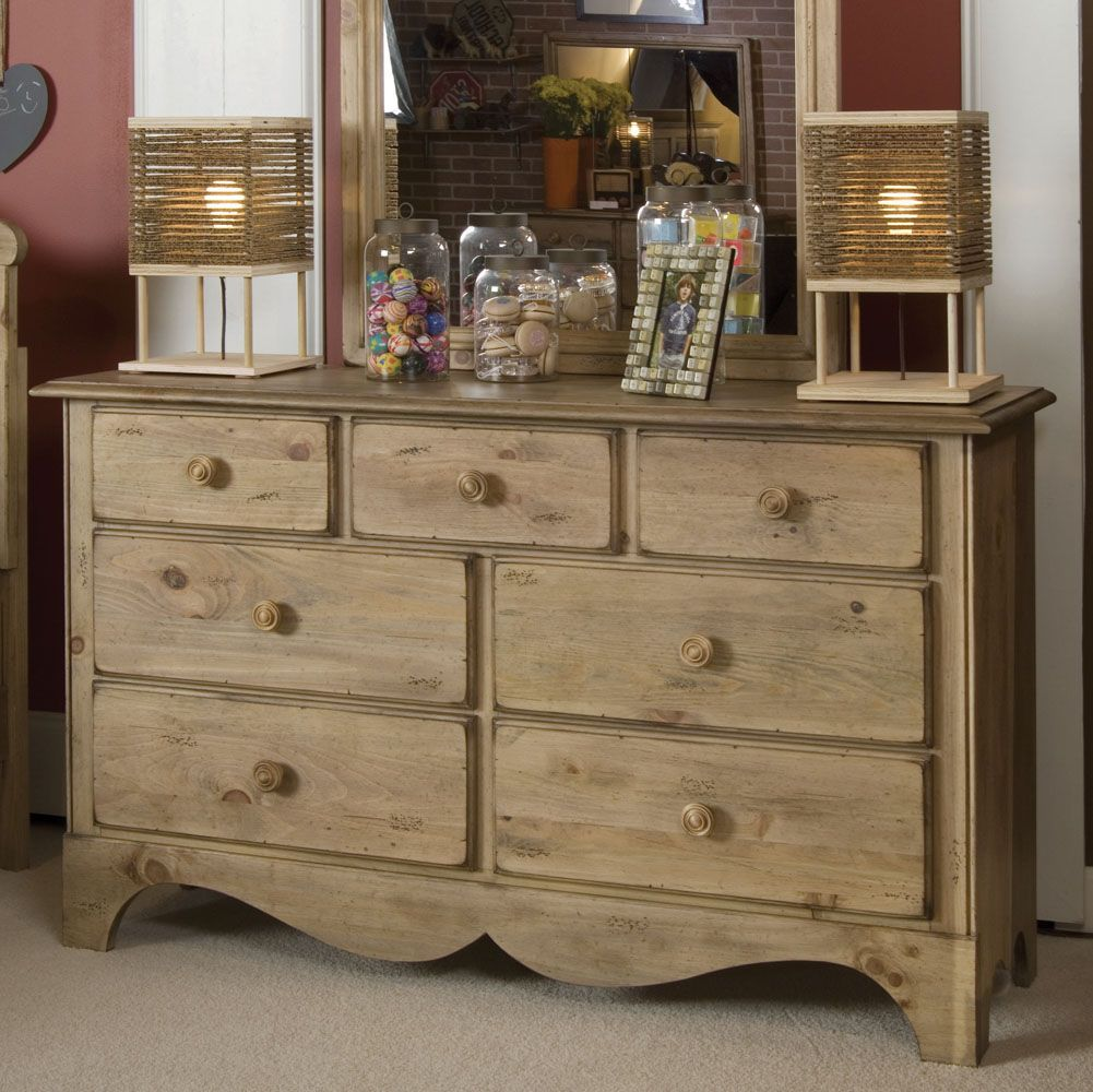 Distressed bedroom furniture http coastersfurniture org shabby chic furniture