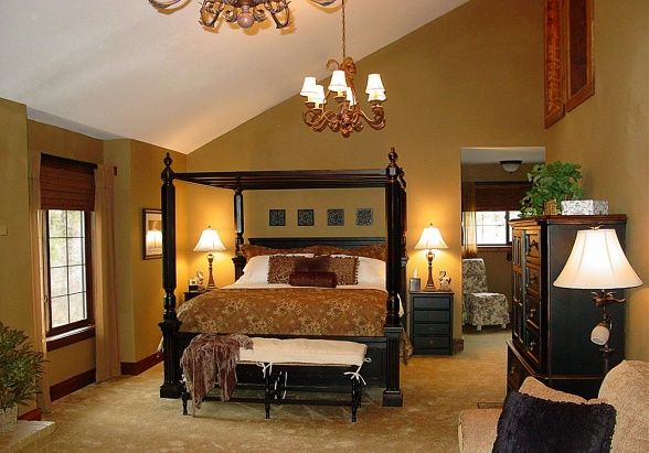 Cozy Elegant Master Bedroom Suite, Newly renovated master bedroom ...