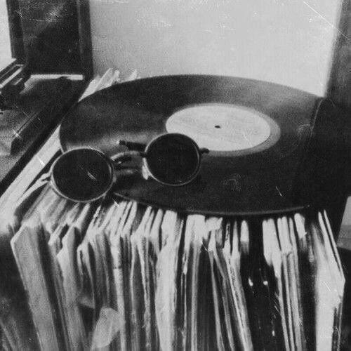 Imagini pentru vintage black'n'white we heart it