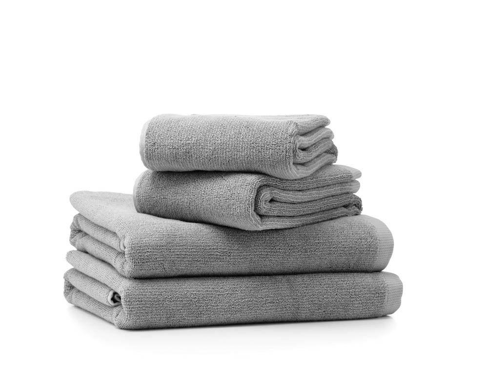 Vipp 109 Handtuchset, grau, 4er-Set, 2x 50/100 & 2x75/135 - ONE KITCHEN