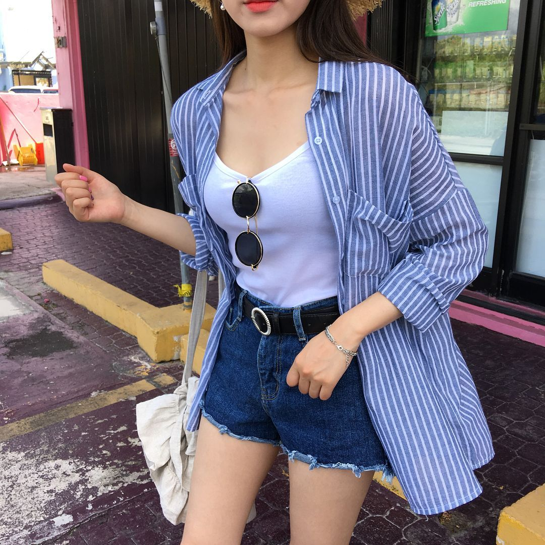 Flannel With White Tank Some Nice Shades And High Waisted Shorts With Black Belt My Kind Of On High Wasted Jeans Outfit Korean Fashion Trends High Wasted Jeans