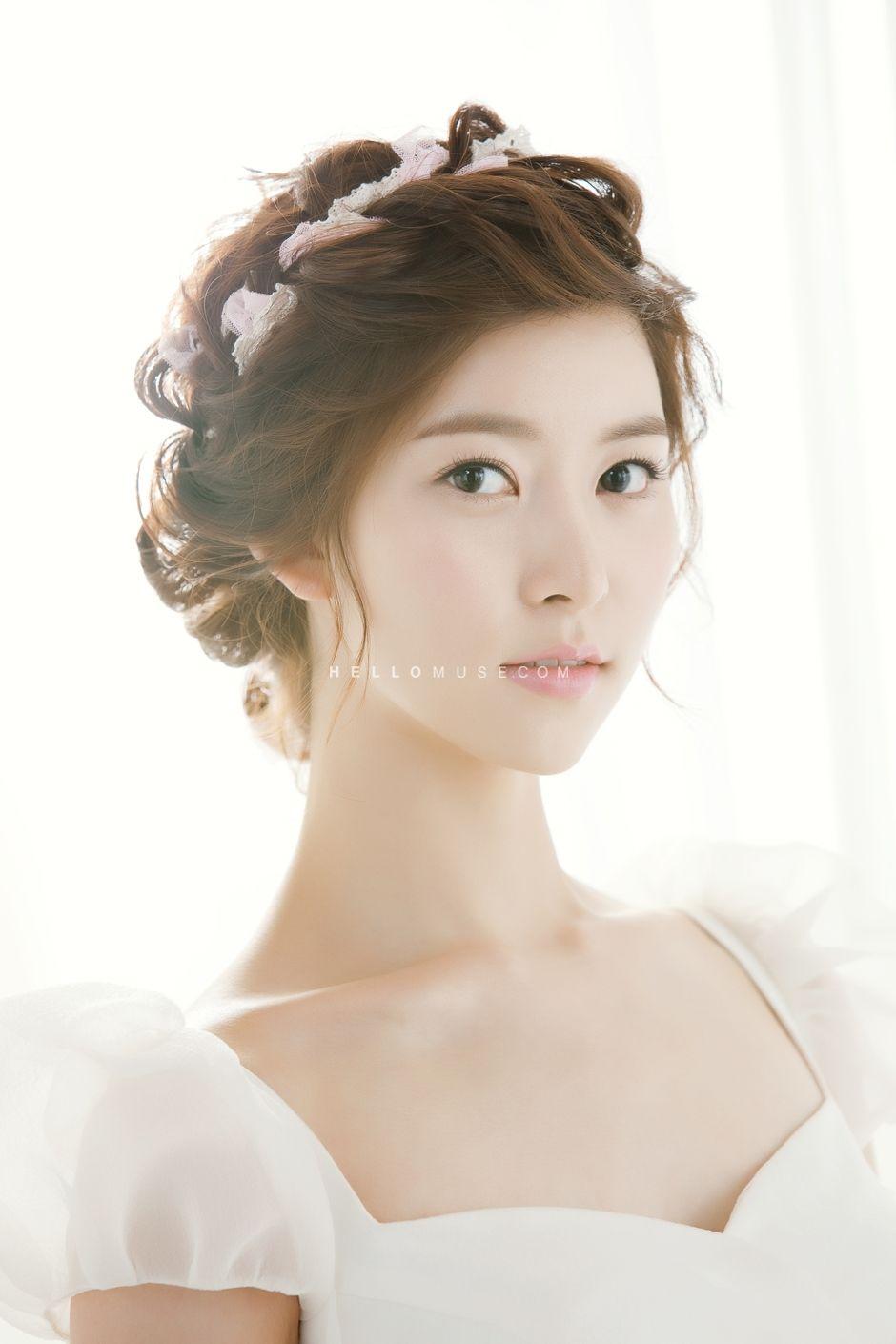 Pre Wedding Korea Wedding Make Up Hair Salon Hellomuse Com Korea Pre Wedding Promotion Bridal Hair Wedding Hairstyles Korean Hairstyle