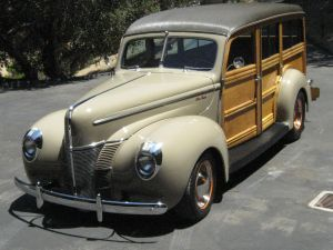 FOR SALE: 1940 FORD DELUXE WOODY WAGON - HEAD TURNER! | HotrodHotline.com