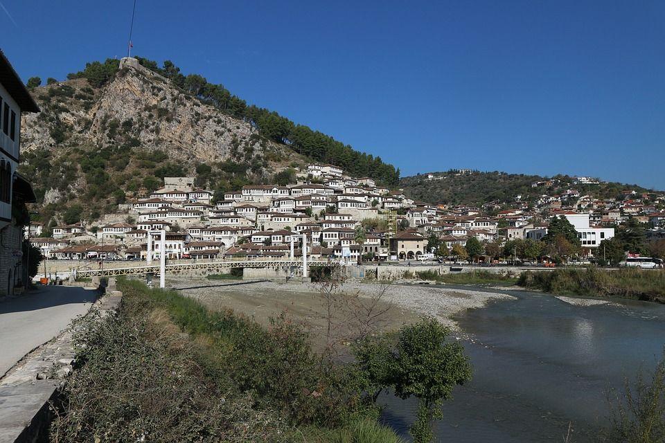 Que Voir Et Que Faire Durant Vos Prochaines Vacances En Albanie Vacances Albanie Vacances Montagne Et Albanie