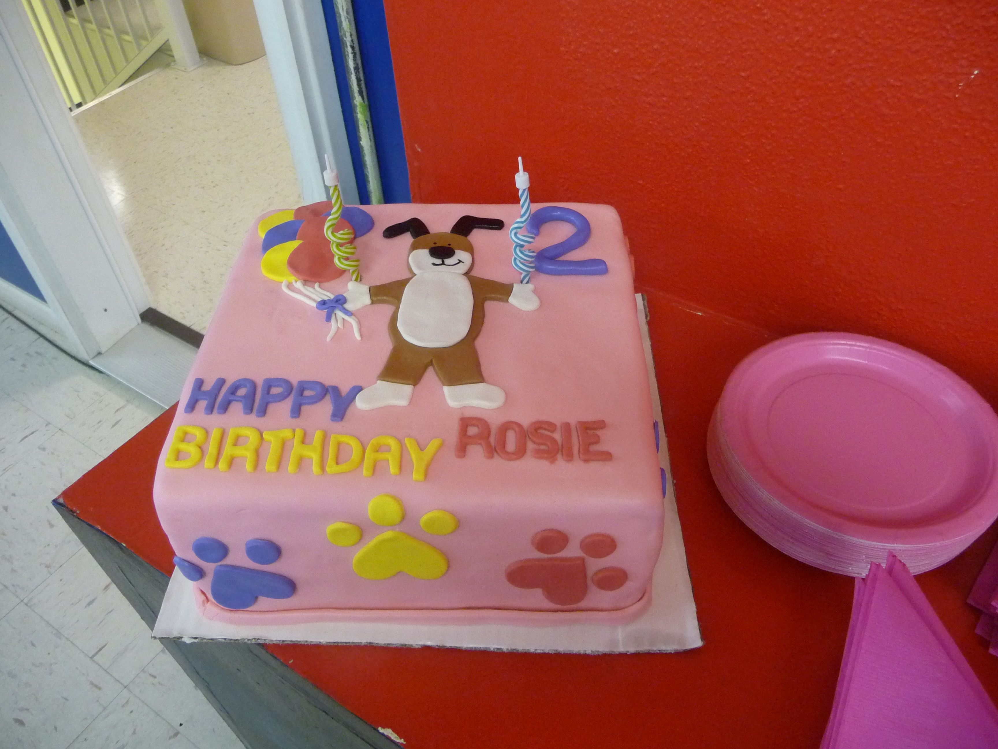 Pleasing Rosies Kipper Cake Done By My Friend Meagan Who Owns Madelines Funny Birthday Cards Online Chimdamsfinfo