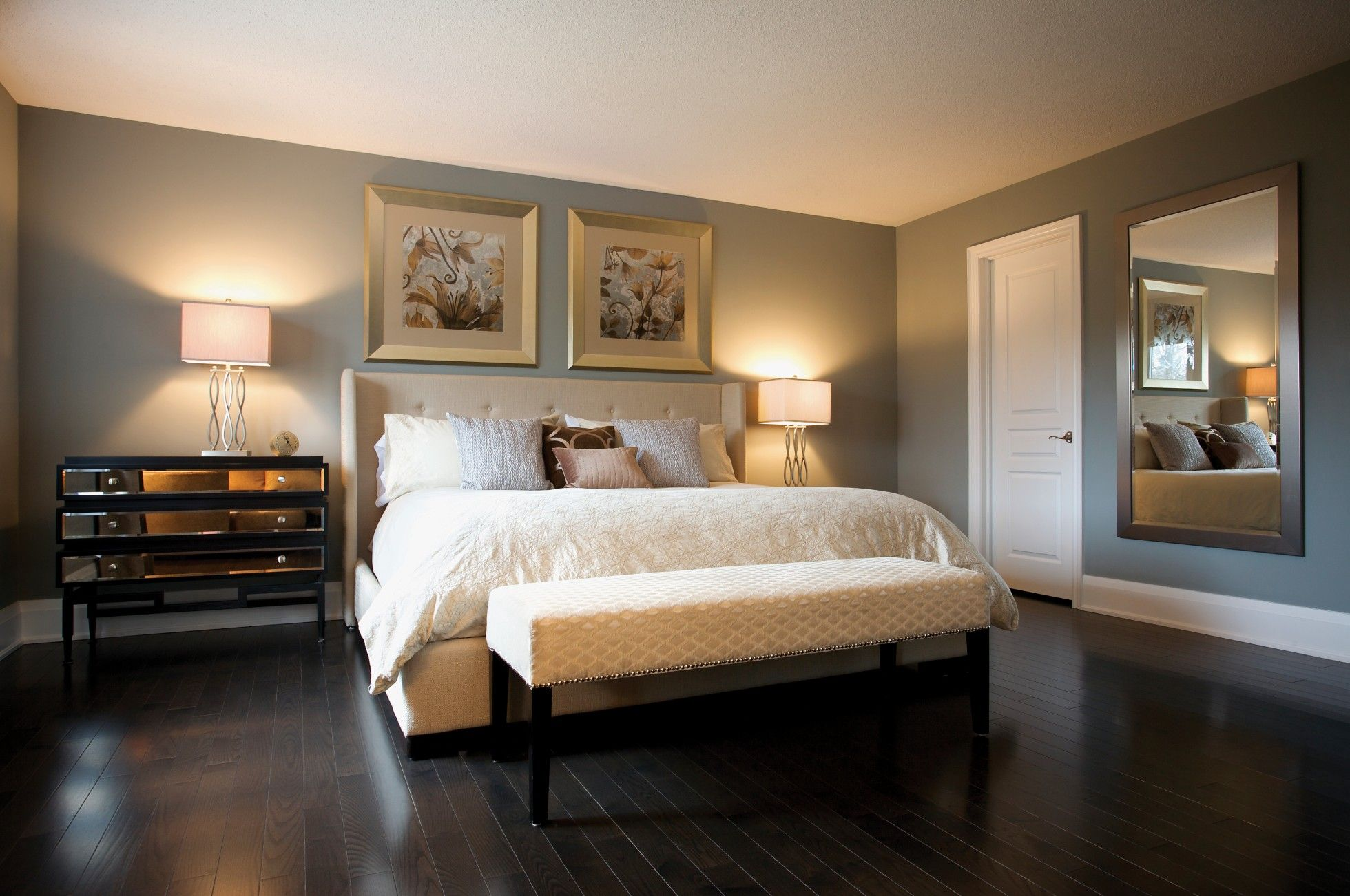 Award winning home condo staging decorating toronto for Bedroom designs king size bed