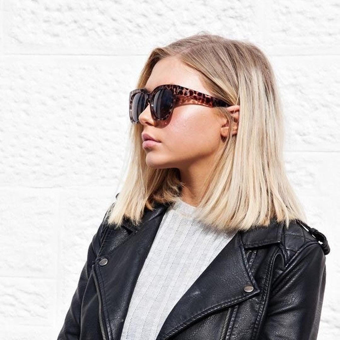 15 Seriously Chic Medium Hairstyles Anyone Can Pul