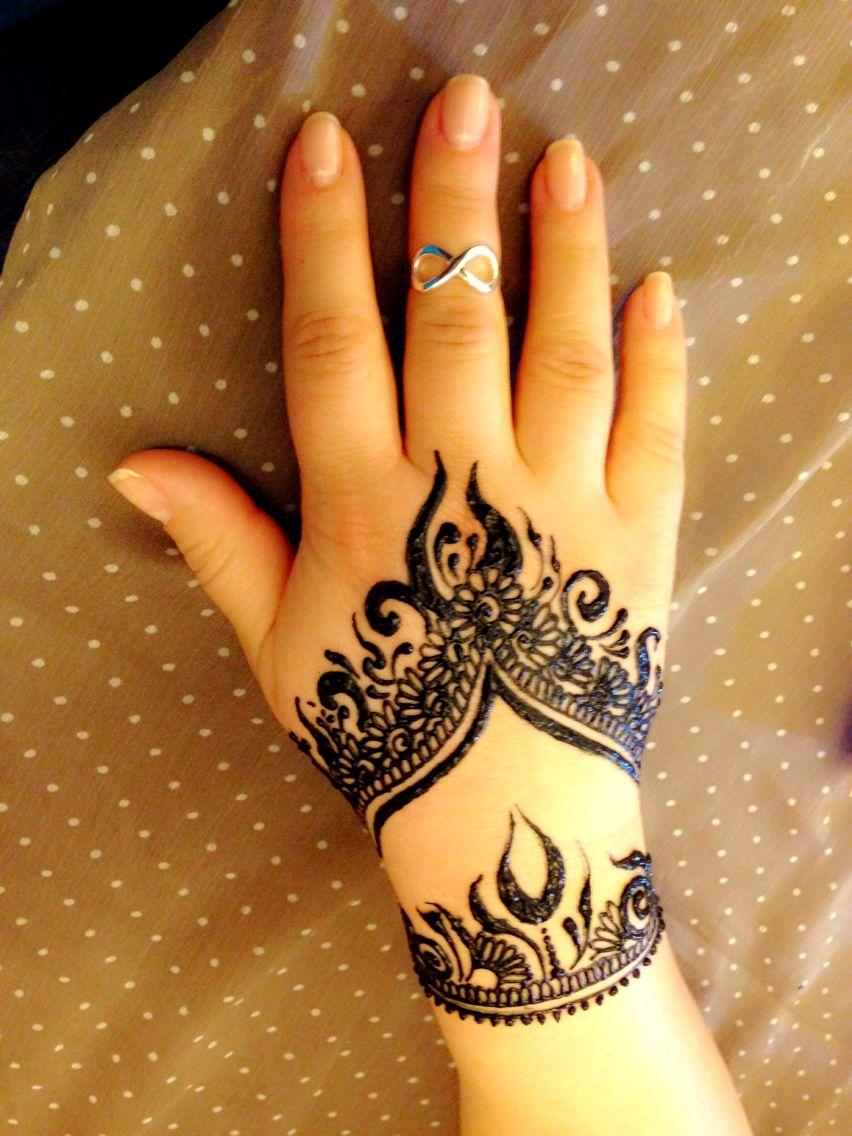 Nice hand tattoos hand henna henna hand tattoo