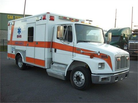 2002 FREIGHTLINER FL60 Medium Duty Trucks - Ambulance For