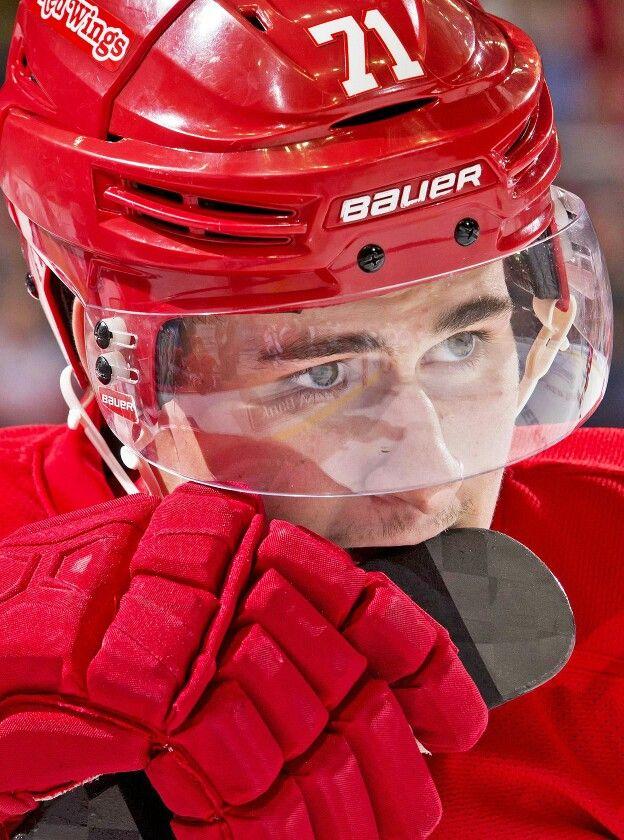Dylan Larkin 71 15 16 Rookie Red Wings Hockey Detroit Red Wings Detroit Red Wings Hockey